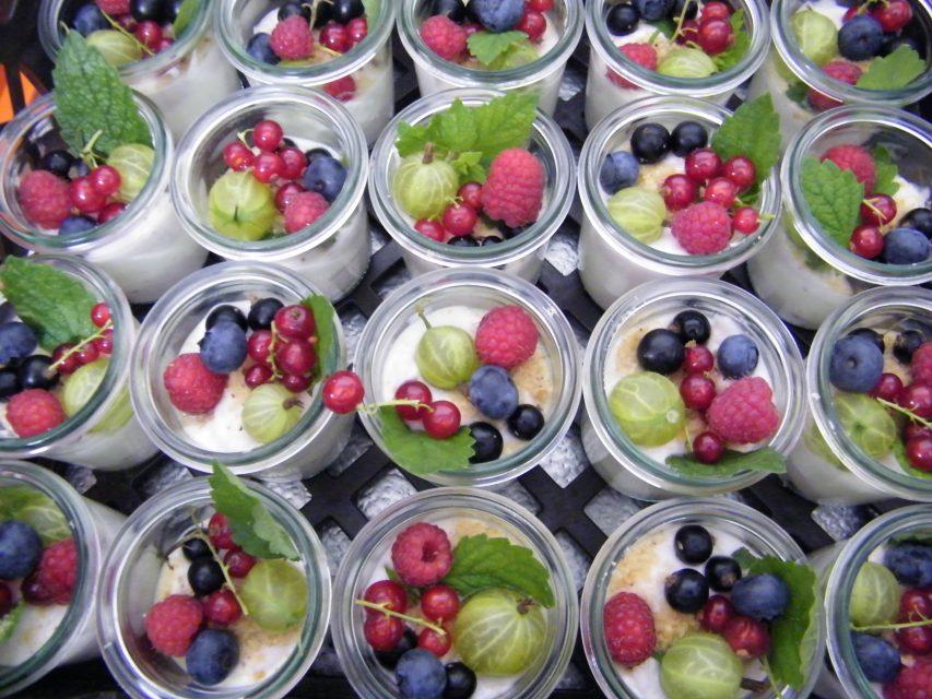Mascarpone mit Früchten