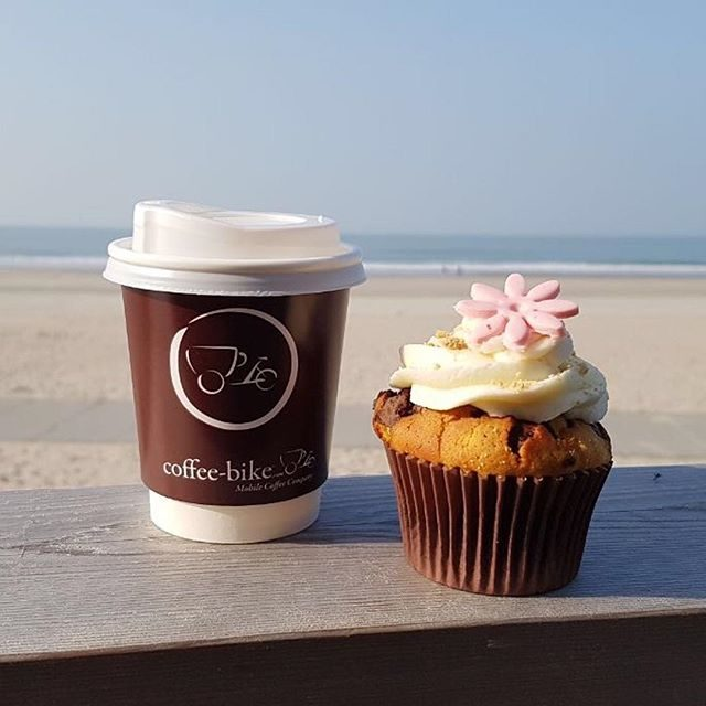 Coffee to go & Cupcake