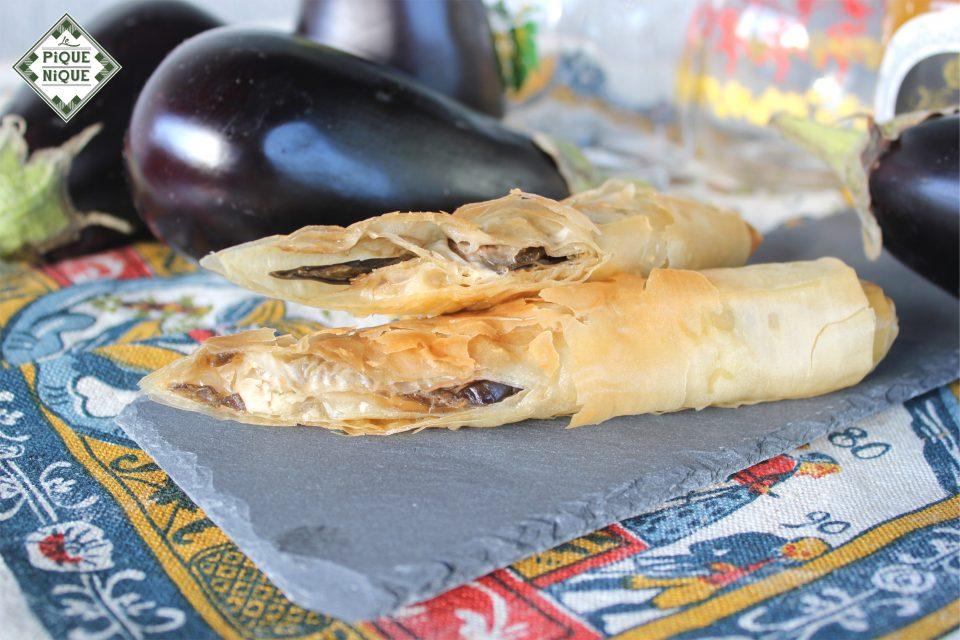 Eine Pita aus unserem Sortiment: Pita-Stange mit bio-Auberginenfüllung.