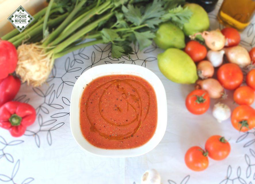 Eine Suppe aus unserem Sortiment: Rote Gazpacho (kalte Suppe)