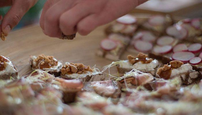 Honigbiene Bistro, Café & Hofladen / Catering & Hochzeitstorten